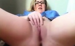 Big Blonde Nerd Masturbating