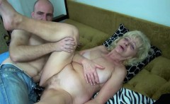 oldnanny chubby granny in the bed has sex with horny man