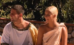 Costume amateur outdoors facialized after pussysex