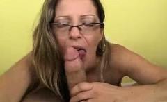 Her Mom Sucks!