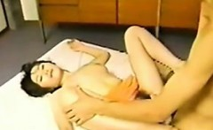 Japanese MILF That Loves Getting Creampies