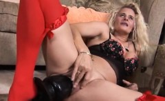 Hot amateur sucking big dick