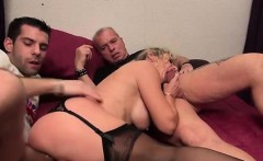 French mature Marina tries gangbang