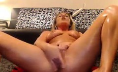 Blonde Beauty Gets Oiled Up