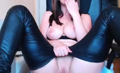 Stunning Webcam Teen Rubs Pussy