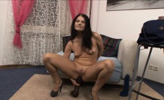 Kinky Helen gaping her asshole with big brutal dildos