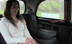 Big booty amateur banged in fake taxi