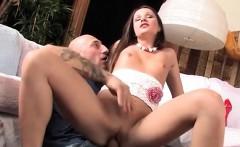 Chick Cali Pleasures Her Well Hung Boyfriend