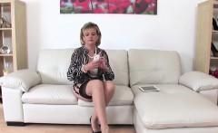 Cheating british mature gill ellis exposes her huge boobies