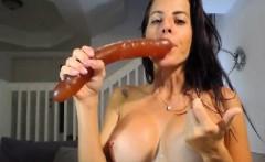 amateur babe on dildo hardcore masturbation show