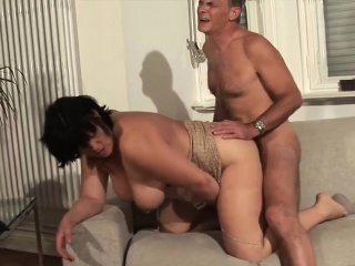 Mature couple going down by DeutschePrivatvideos
