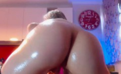 Tasty Nice Ass Camgirl Masturbates With Toys And Squirts