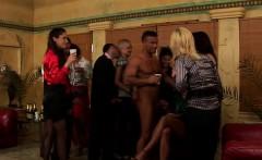 Wet Cunt Feast At An Lesbian Sex Party