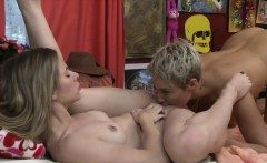Anya Olsen and Ryan Keely enjoyed licking pussies on the bed