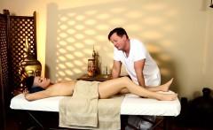 Inked massage amateur cockriding her masseur
