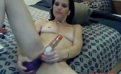 Gorgeouse sexy amature milf toys