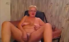 Horny Granny Masturbates on Cam