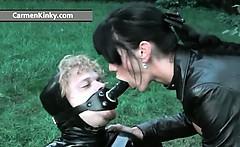 Kinky Carmen enjoys having fun in latex