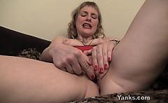 Sexy MILF Josie Pleasing Her Pussy With Toys