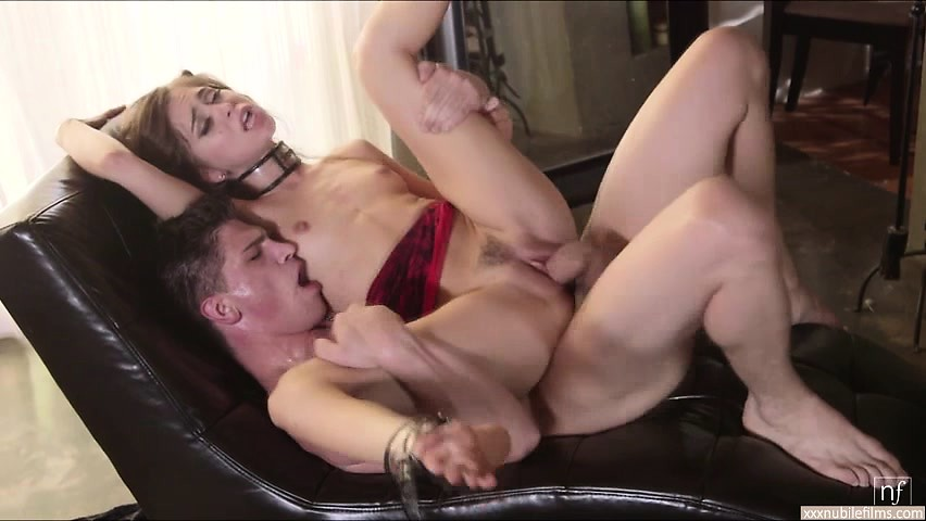 Hot Riley Reid loves doggystyle position