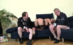 she is from cheat-date.com - Super Poschi Manu Magnum