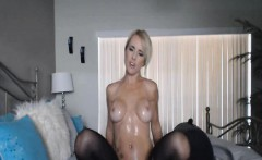 Hot Blonde Babe Fingear Fucking on Cam