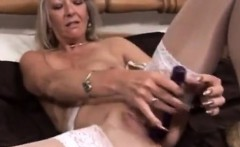 Blonde milf proposition and toying her sexy pussy