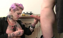 Curvy MILF Tallulah Tease slammed by Sam Bourne