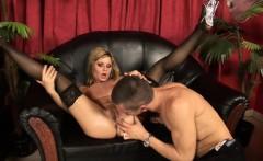 Victoria Shine gives Tomi s cock a shine