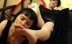 Praise Cousin's toes BST