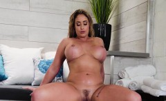 Eva Notty In Hot Tub MILF Machine
