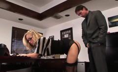 Stunning secretary Nicole Aniston gets banged