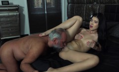 Lady Dee Teen Pussy Licking And Fuck with Messy Facial