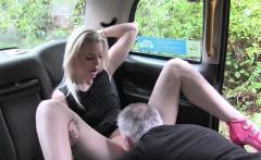 Old cab driver bangs deep throat blonde