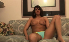 Cute Girl Reveals Her Hot Body