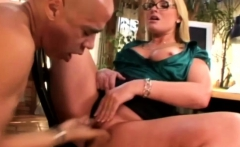 Blonde Cougar Gets Her Pussy Eaten