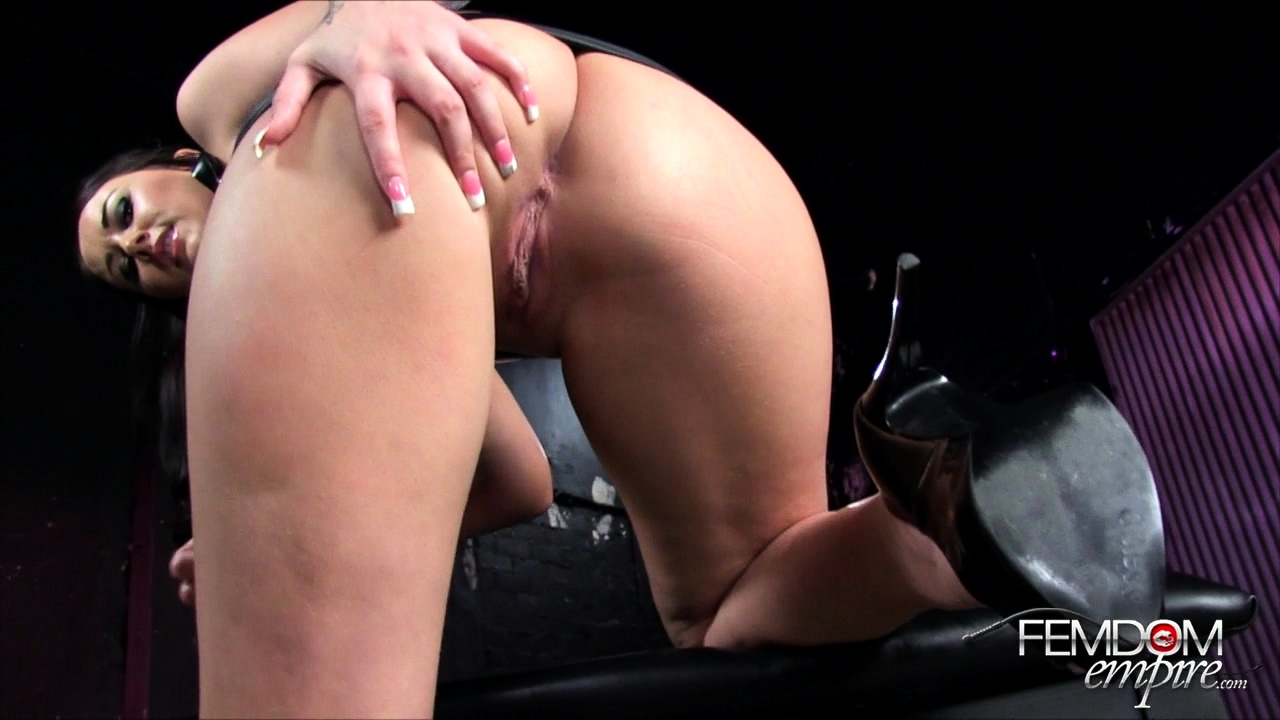 Alexis Grace Big Tit Worship