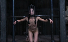 Tough girl in shackles gets her love tunnel pumped