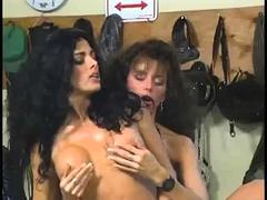 Strapon Lesbian Fetish