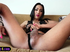Hung Ladyboy Gives Head Before Being Fucked In The Ass