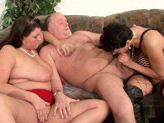 Milf Neigbour Help Old Couple For Good Sex And Join German
