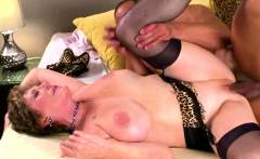 Big ass GILF in a hardcore experience
