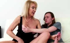 Mature blonde has experience with handjobs