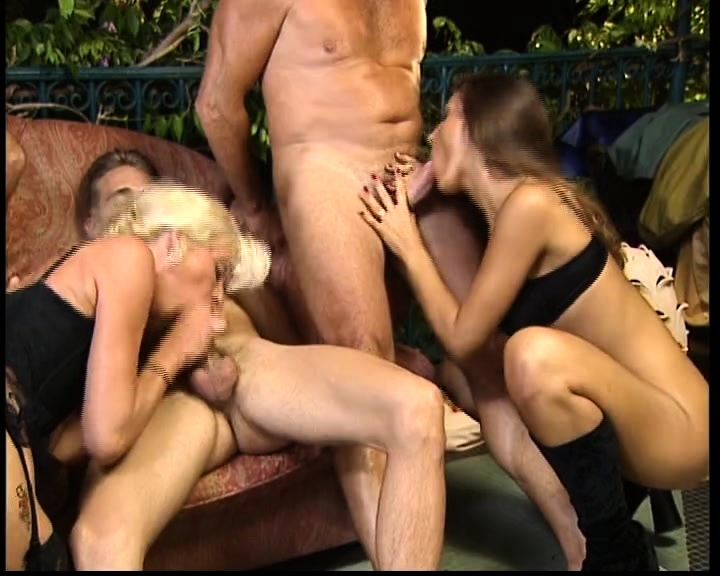 Vintage group sex themed porn movie from France